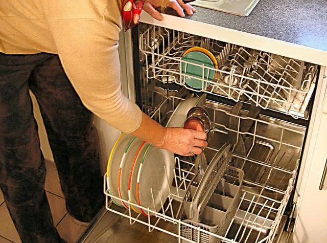 Domésticas e lava-louças